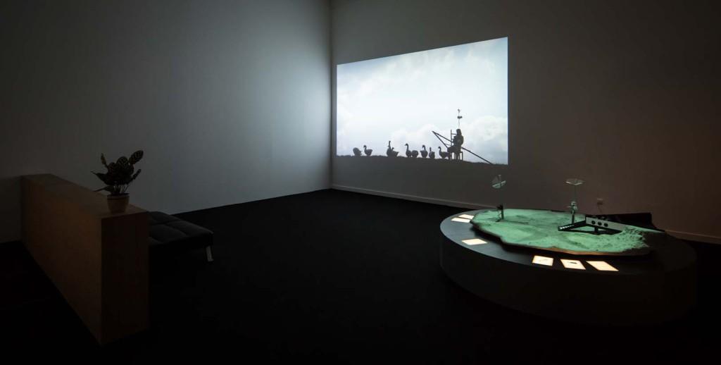 Agnes Meyer-Brandis, Moon Goose Analogue, 2011. © Kristof Vrancken / Z33.